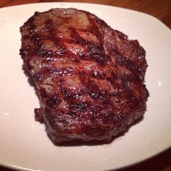 Photo taken at Outback Steakhouse by Earl J. on 4/16/2013