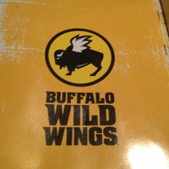Photo taken at Buffalo Wild Wings by Tonnina D. on 3/8/2013