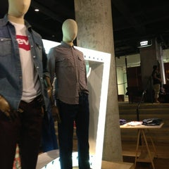 Photo taken at Levi's Store by Babie G. on 7/13/2013