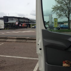 Photo taken at Leicester Forest Motorway Services (Welcome Break) by Zak C. on 5/14/2013