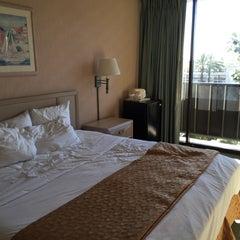 Photo taken at Clarion Hotel Anaheim Resort by Hideyasu H. on 2/15/2015