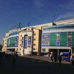 Photo taken at Stamford Bridge by okaji on 5/2/2013