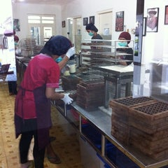 Photo taken at Cokelat Monggo Factory by Detta P. on 9/27/2014