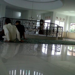 Photo taken at Masjid Nurul Khoirot by Fahri N. on 6/7/2013