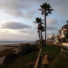 Photo taken at Manhattan Beach by AdaPia D. on 11/1/2012