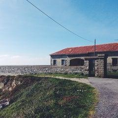 Photo taken at Faro de Cabo Vidio by Manzana R. on 5/3/2014