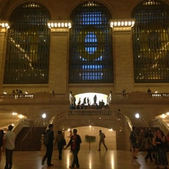 Photo taken at Apple Store, Grand Central by Loraine S. on 6/29/2013