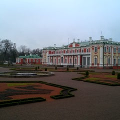 Photo taken at Kadrioru Loss | Kadriorg Palace by Mārtiņš Z. on 12/13/2015