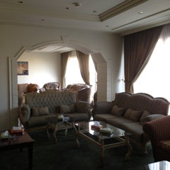 Photo taken at Misloon Hotel | فندق ميسلون by Abdulrahman M. on 5/7/2013