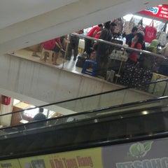 Photo taken at Pusat Grosir Senen Jaya by Sheva V. on 11/30/2014