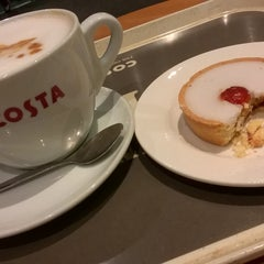 Photo taken at Costa Coffee by Chris M. on 1/23/2016