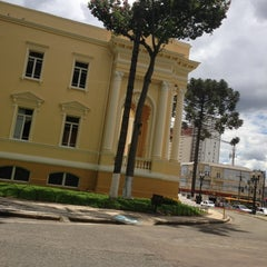 Photo taken at Camara Municipal De Curitiba by Ricardo Luiz R. on 1/18/2013