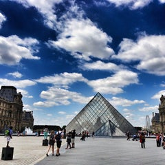 Photo taken at Musée du Louvre by Bois H. on 7/1/2013