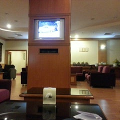 Photo taken at Malaysia Airlines Golden Lounge by Hasiff Y. on 7/8/2013