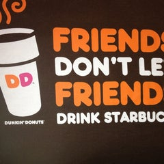 Photo taken at Dunkin' Donuts by Rich L. on 7/18/2013