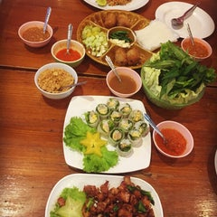Photo taken at แหนมเนืองลับแล by Little Y. on 9/27/2015