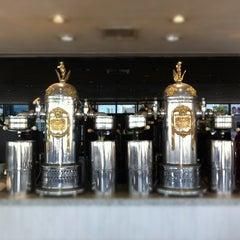 Photo taken at Gran Café de la Parroquia by Leo G. on 10/23/2012