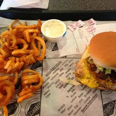 Photo taken at Fatburger by Andy S. on 2/3/2013