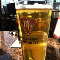 Photo taken at BJ's Restaurant and Brewhouse by Jillyan G. on 2/26/2013