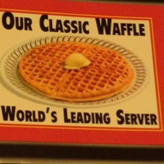 Photo taken at Waffle House by Jack B. on 3/20/2013