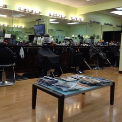 Photo taken at Extravagant Cuts Barber Shop by Matty M. on 6/16/2013