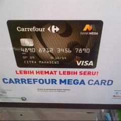 Photo taken at Carrefour by Ina on 3/31/2014