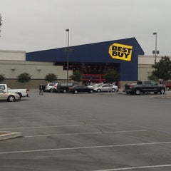 Photo taken at Best Buy by Andrew G. on 4/25/2013
