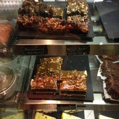 Photo taken at Starbucks by Vera V. on 5/27/2013