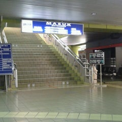 Photo taken at Stasiun Gambir by Ahmad F. on 7/23/2013