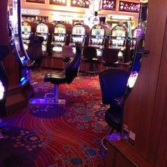 Photo taken at Seminole Hard Rock Hotel & Casino by Richard T. on 5/16/2013