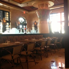 Photo taken at The Cheesecake Factory by Sureshni W. on 2/16/2013