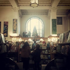 Photo taken at Munro's Books by Ruby G. on 12/19/2014