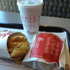 Photo taken at Chick-fil-A by Wesley T. on 1/31/2013