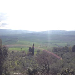 Photo taken at Pienza by Cheen A. on 3/12/2016