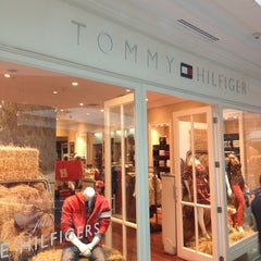 Photo taken at Tommy Hilfiger by Bruno B. on 3/23/2013