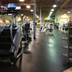 Photo taken at 24 Hour Fitness by alicia p. on 4/1/2013