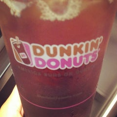 Photo taken at Dunkin' Donuts by Stephanie N. on 7/2/2013