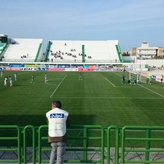 Photo taken at Stade Slaheddine Bey (CSHL) by Walid N. on 4/25/2015