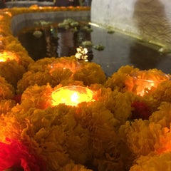 Photo taken at เทวสถาน (โบสถ์พราหมณ์) Dhevasathan (Brahmin Shrines) by Mixkii Y. on 1/1/2016