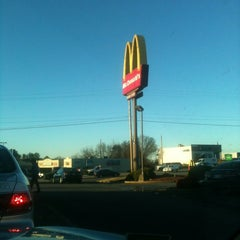 Photo taken at McDonald's by Derick on 12/21/2012
