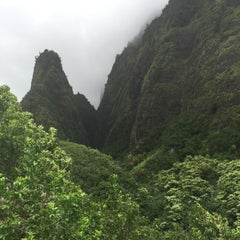 Photo taken at ʻĪao Valley State Park by Holly H. on 9/22/2015