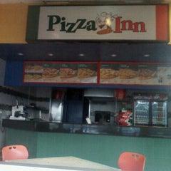 Photo taken at Pizza Inn - Bellevue by Kingsley T. on 2/11/2013