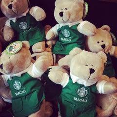 Photo taken at Starbucks | 星巴克 by Monlada N. on 12/12/2013