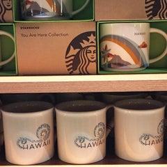 Photo taken at Starbucks by Jocelyn K. on 10/3/2014