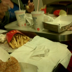 Photo taken at McDonald's by Agustina B. on 11/20/2013