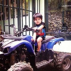 Photo taken at Lanipao Rainforest Mountain Resort (Napo Sapangdaku Guadalupe Cebu City) by Jam Q. on 10/5/2013