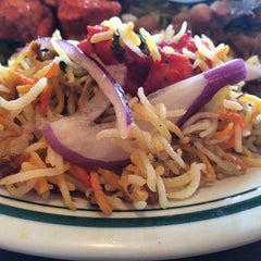 Photo taken at Chola Indian Restaurant by Maggie C P. on 10/23/2014