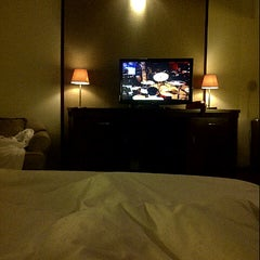 Photo taken at Sheraton Bandung Hotel & Towers by Vivian A. on 11/17/2012