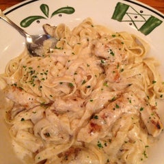 Photo taken at Olive Garden by Olivia P. on 2/19/2013