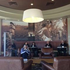 Photo taken at Starbucks by Reneé Lee G. on 4/4/2013